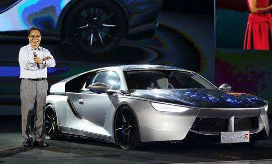 7月2日,汉能发布全太阳能电动汽车