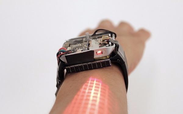 研究人员推出了一款可以将手臂变成触摸屏的全新智能手表LumiWatch