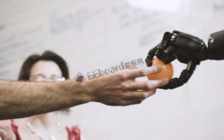 当人工智能和机器人的能力超过人类时,机器人可能会把我们变成电池?