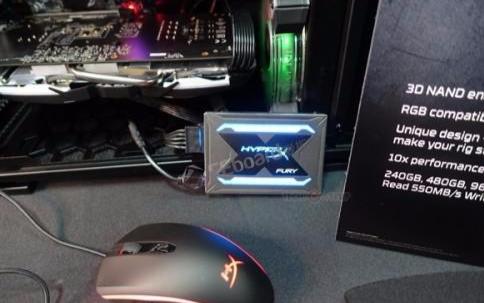 金士顿发布一款全新系列的HyperX Fury RGB固态硬盘,硬盘也装彩灯?