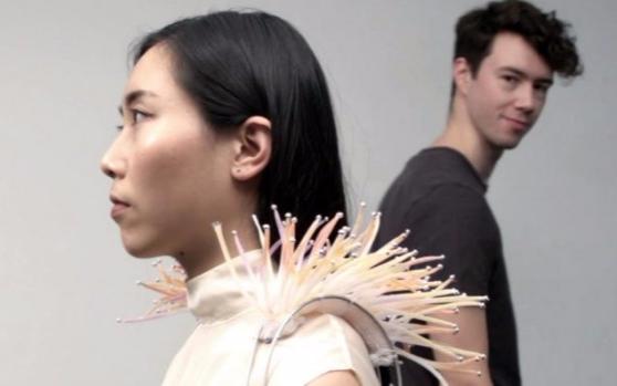 设计师发明了一个可穿戴海葵,用于手机防沉迷?