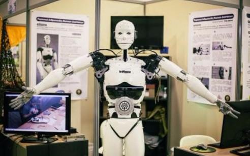 厉害了,15岁少年制造出一个3D仿真机器人!
