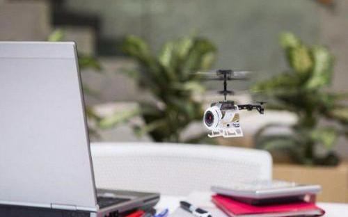 全球最小的无人机--Nano Falcon Di...