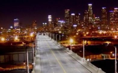 一座城市的路灯,一个浏览器就能控制?