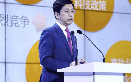 李开复:中国人工智能5年超越美国,但芯片之路还很...