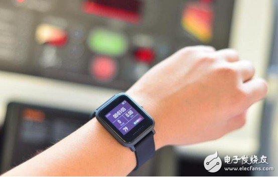 联想发布一款搭载瑞士朗达机芯的智能手表--联想Watch X,外形优雅成熟