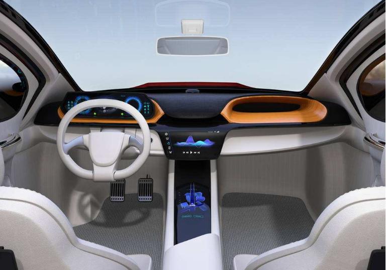 推动自动驾驶技术在上海市港口等特定场景实现应用