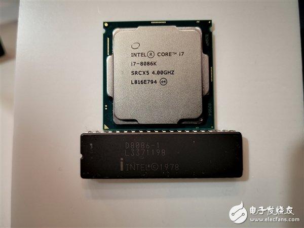 当把8086、i7-8086K两颗相距40年的CPU放在一起时,画面美哭