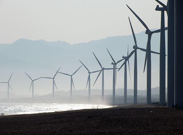 今年前五月,山西电网集中式风电和全网集中式光伏发电量都得到增加