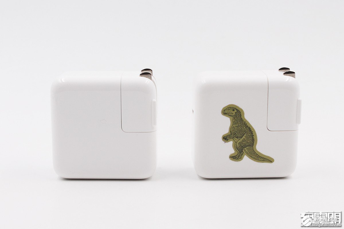 苹果30W USB-C电源适配器评测,与少1W的旧款29W有什么区别呢