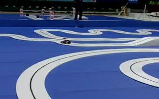 视频:2010飞思卡尔智能车大赛——光电组火爆开赛!