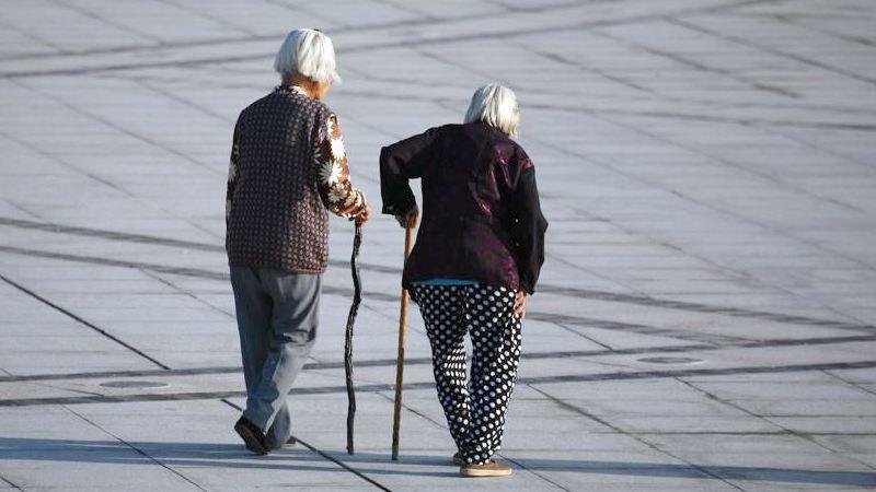 防止老年人摔倒的MEMS传感装置