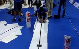 视频:2010飞思卡尔智能车大赛——创意组激烈上演!