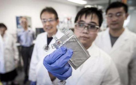 日本科学家研发出新型全无机钙钛矿太阳能电池,未来太阳能电池的使用将会更加广泛