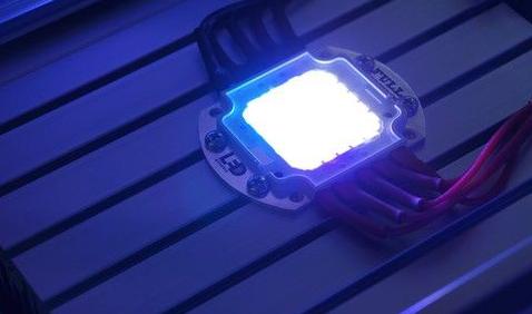 LED芯片价格同比下滑  但整体发展向好全球占比...
