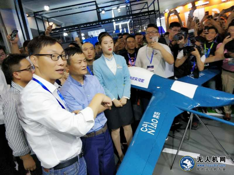 阿里和京东加大投资智能物流技术 无人机和机器人