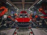 近距离接触特斯拉工厂,都在玩命造Model 3?