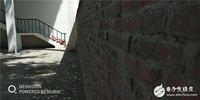 努比亚Z18mini评测:堪称全能小钢炮