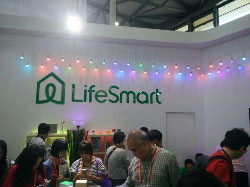 【回顾往年CES】LifeSmart高清无线摄像头亮相展会,可形成智能联动,远程实时监控