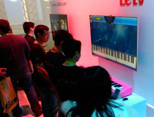 【回顾往年CES】乐视智能钢琴突现展会,成展会吸睛焦点