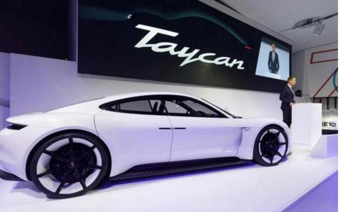 保时捷推出首款纯电动车Taycan 比亚迪储能获签英国18MW集装箱储能项目