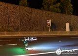 利用无人机抓拍隧道激光雷达地图,旨在为自动驾驶的...