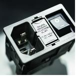 新版KMF:为家用医疗设备的额外安全防护措施而设计的绝缘设备