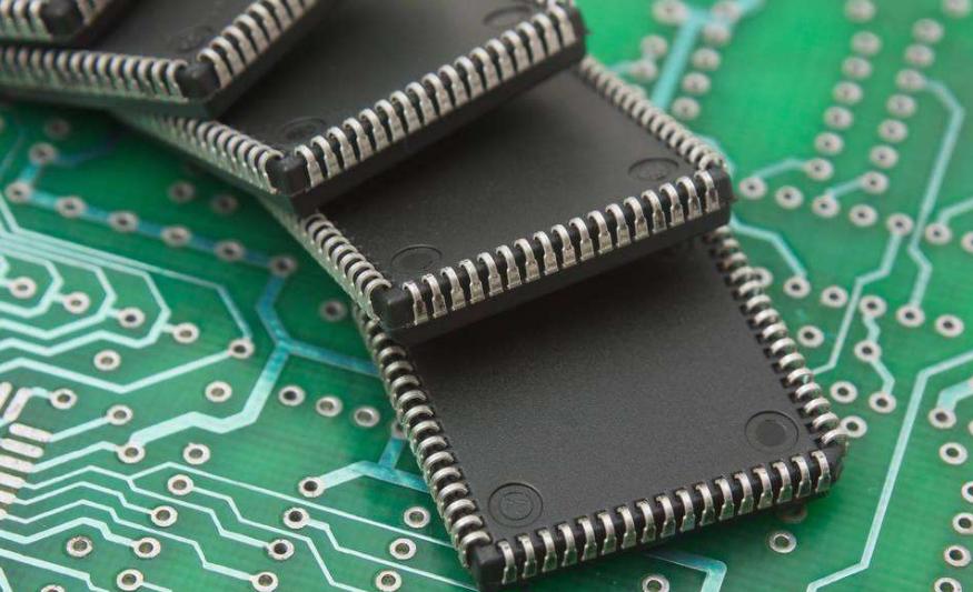 以色列正在研发比传统芯片快100倍的超级芯片