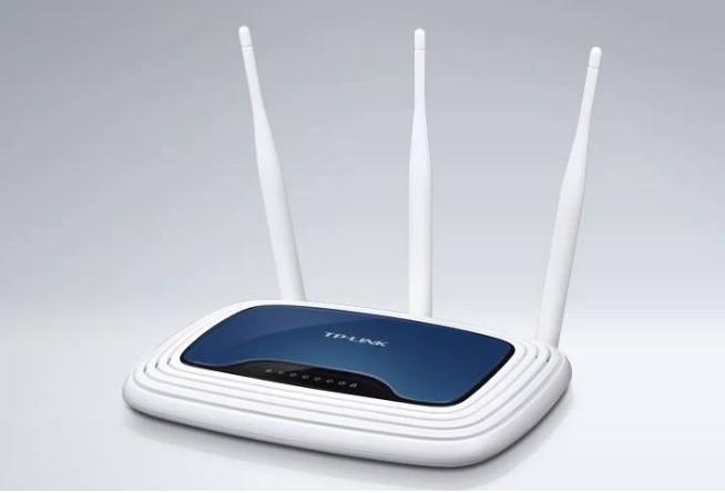 中兴通讯首发万兆旗舰家用路由器:超高效率的无线覆...