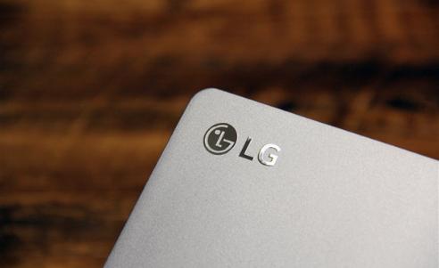 LG可折叠设备专利曝光:手机秒变平板电脑,又被称...