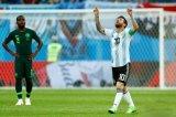 梅西带我们眼界大开 力挽狂澜救主阿根廷