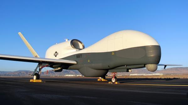 "MQ-4C""海神""无人机:战略无人侦察机,大幅增..."