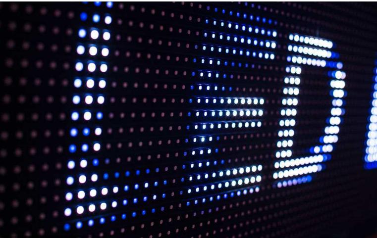 LED行业上市公司的盈利能力迎来全面复苏,行业拐...