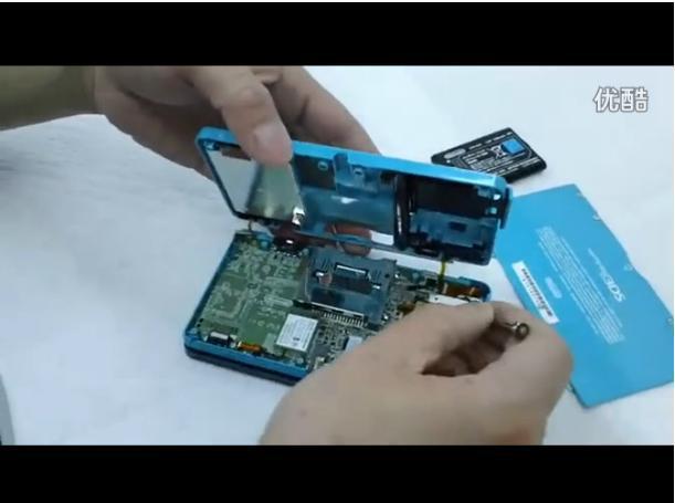 拆解 3DS 的视频
