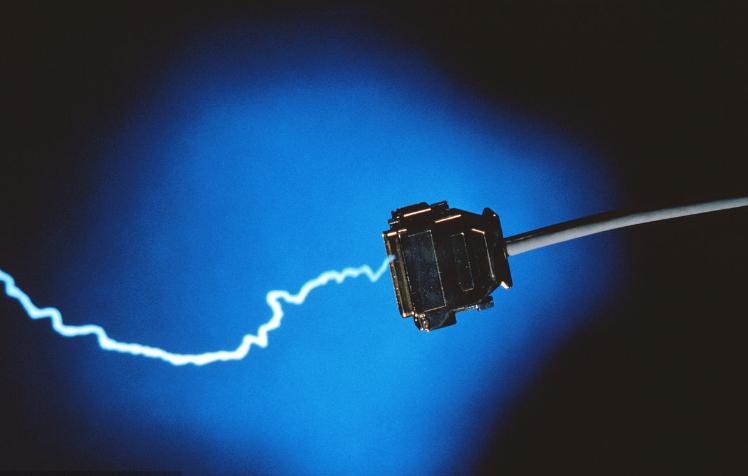 国轩高科磷酸铁锂单体能量密度180wh/kg产线...