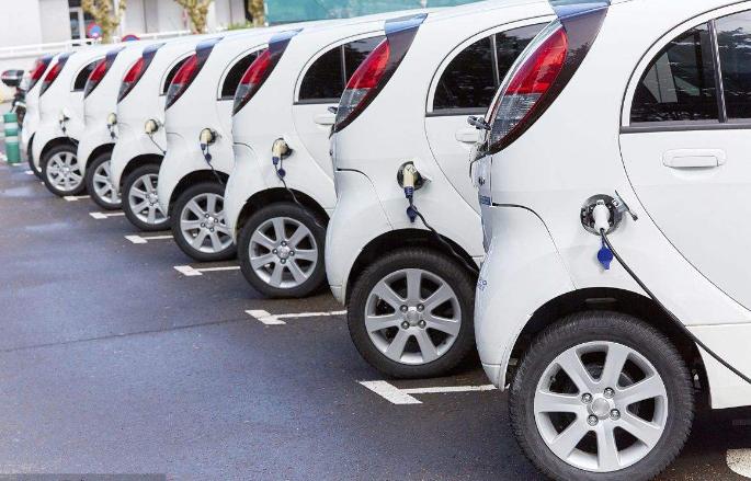 报告显示:印度将与中国竞争,印度对电动汽车的需求...