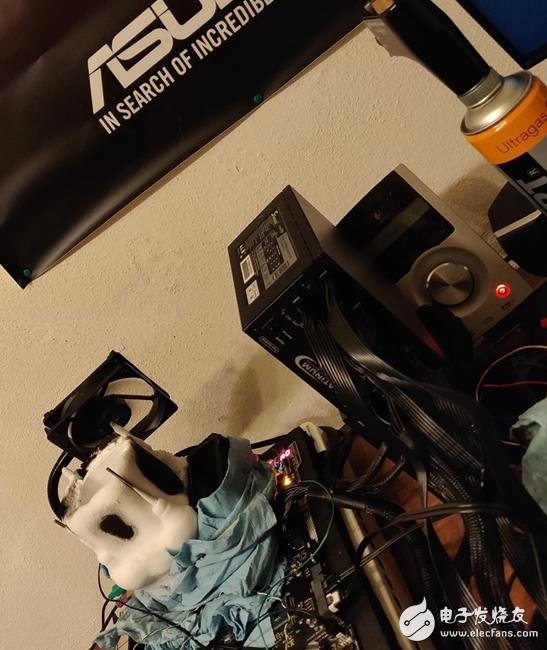 国外破解大神使用i7-8700K搭配Z270,不但运行完美,还创下超频记录