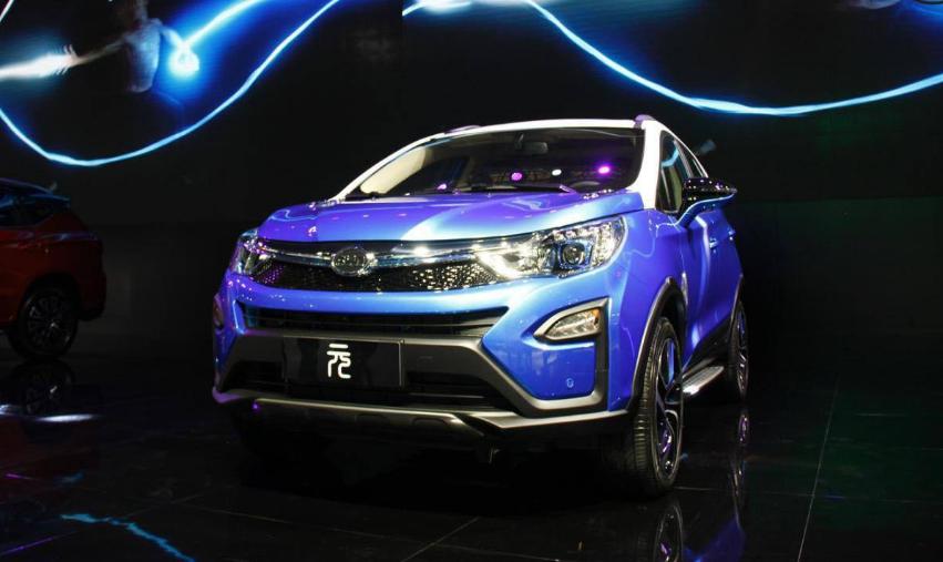 动力电池产能紧追宁德时代 比亚迪造车与电池业务双...