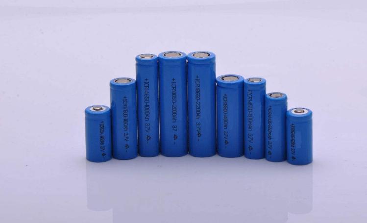 锂电池活化阶段对电池性能的影响