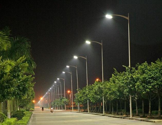 汰换老旧照明,美国城镇推LED路灯装设计划