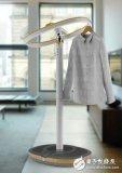可以烘干衣服的传感智能衣架