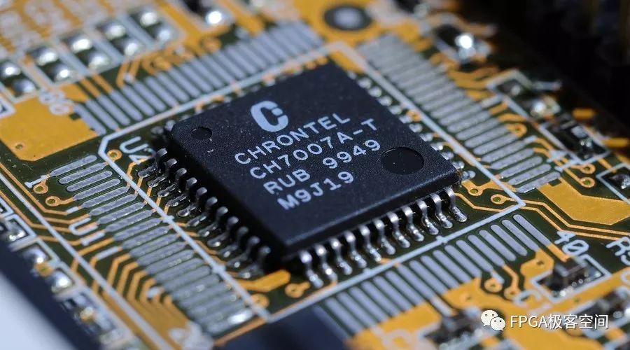 """""""FPGA+云""""如何提高性能计算""""FPGA+云""""与""""FPGA+端""""的详细对比"""