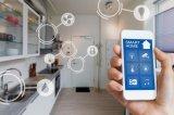 以智能手机为入口的智能家居系统能够带来更贴心和人...