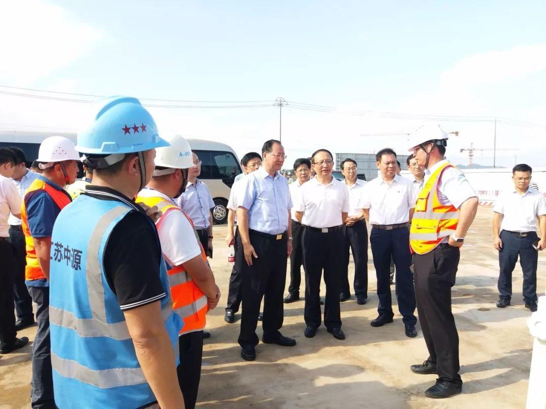 江西副省长毛伟明调研革命老区 将加快电子产业建设