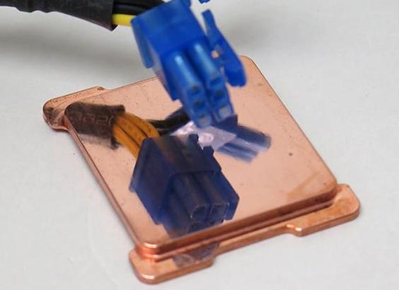 还有这种操作?给CPU换个纯铜镜面IHS,温度还可以进一步下降7°C
