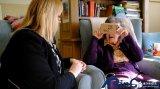 英国医疗服务体系,使用VR技术帮助老年痴呆症患者