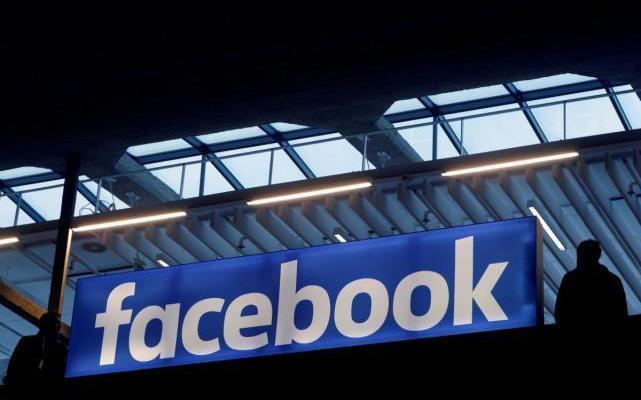 Facebook挖角谷歌主管,芯片自研团队如虎添翼