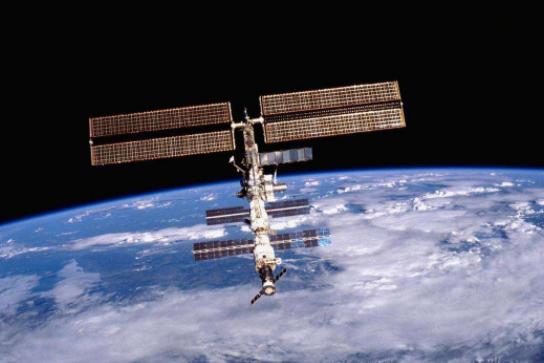 SpaceX和波音的飞船尚未完成认证 美国商业载...
