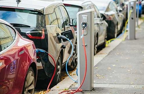 电池管理系统不断精确,助力电动汽车的稳步发展
