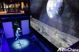"""三星纽约837商店推出了""""全人类的月亮""""VR体验"""